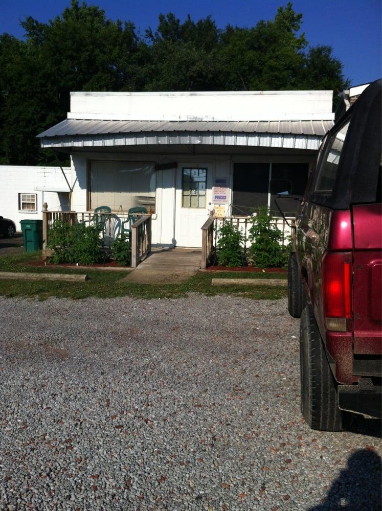 Minor Barbor Shop: 999 Pleasant Grove Rd, Pleasant Grove, AL