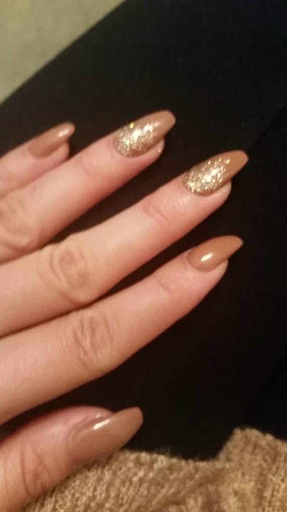 Kari Gel 432 With Light Gold Glitter Ombre On Ballerina Acrylic Yelp