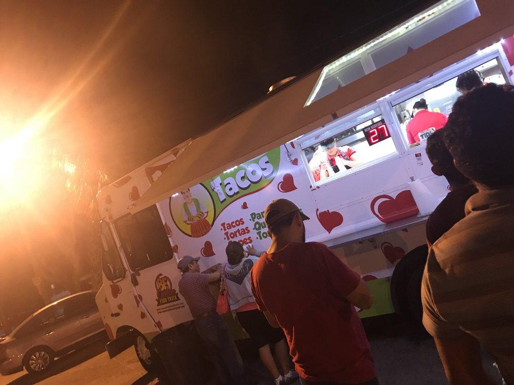 Dona Betty Tacos: 5510 14th St W, Bradenton, FL