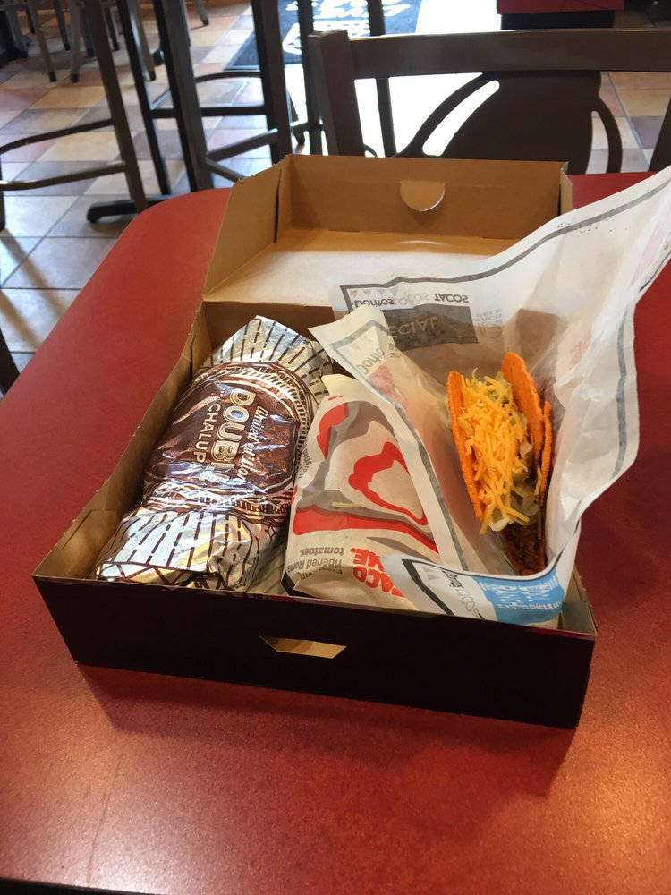 Taco Bell: 1346 Riverview Street, Grundy, VA