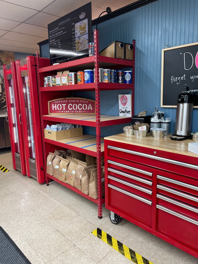 Photo of Diesel Donuts And Coffee: Jefferson, GA