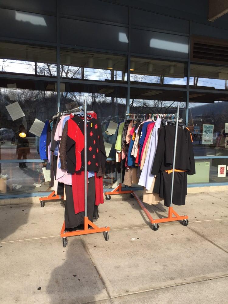 Experienced Goods: 77 Flat St, Brattleboro, VT