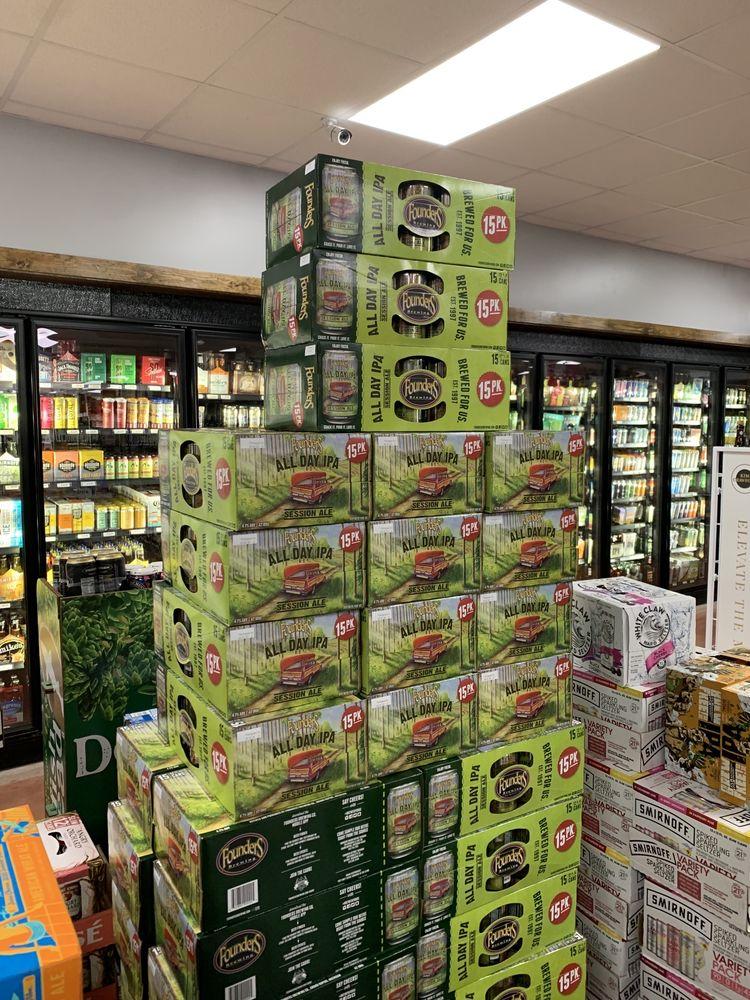 Richmond Wine & Liquor: 5 Stilson Rd, Wyoming, RI