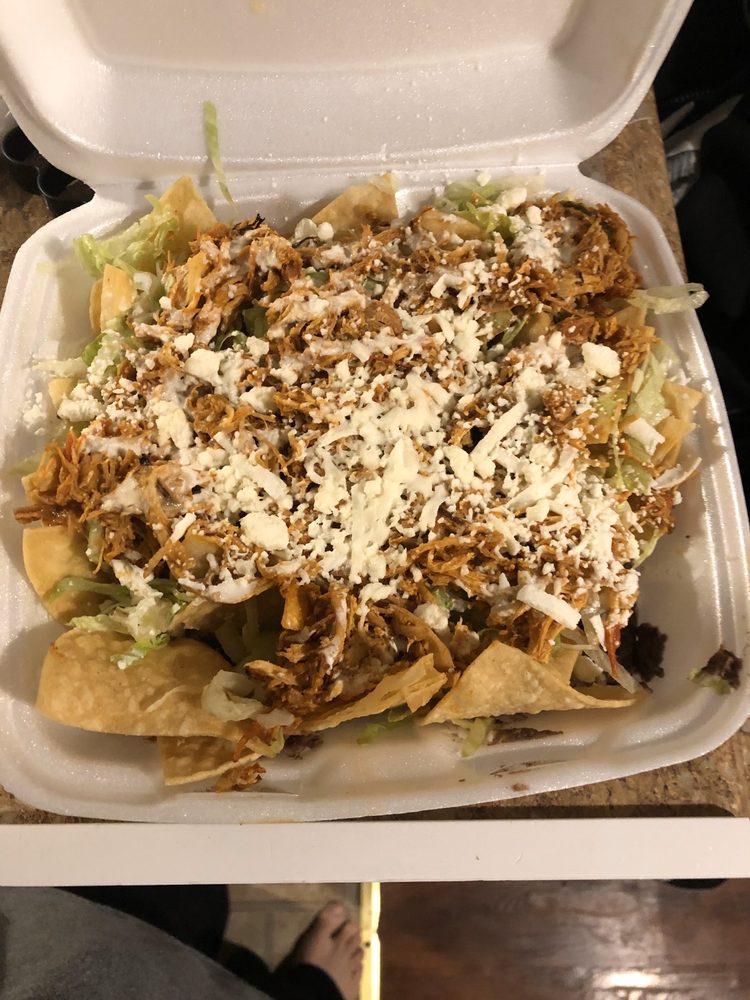 El Buen sazón Restaurante guatemalan and Mexican grill: 3704 Garrett Rd, Drexel Hill, PA