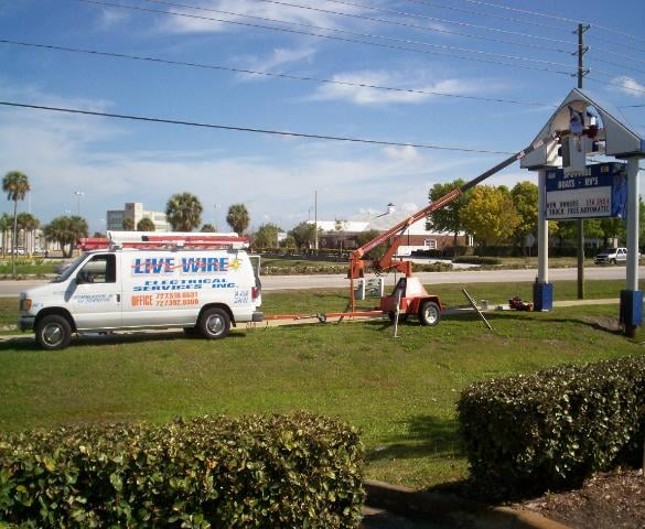 Live Wire Electrical Services: 12141 62nd St N, Largo, FL