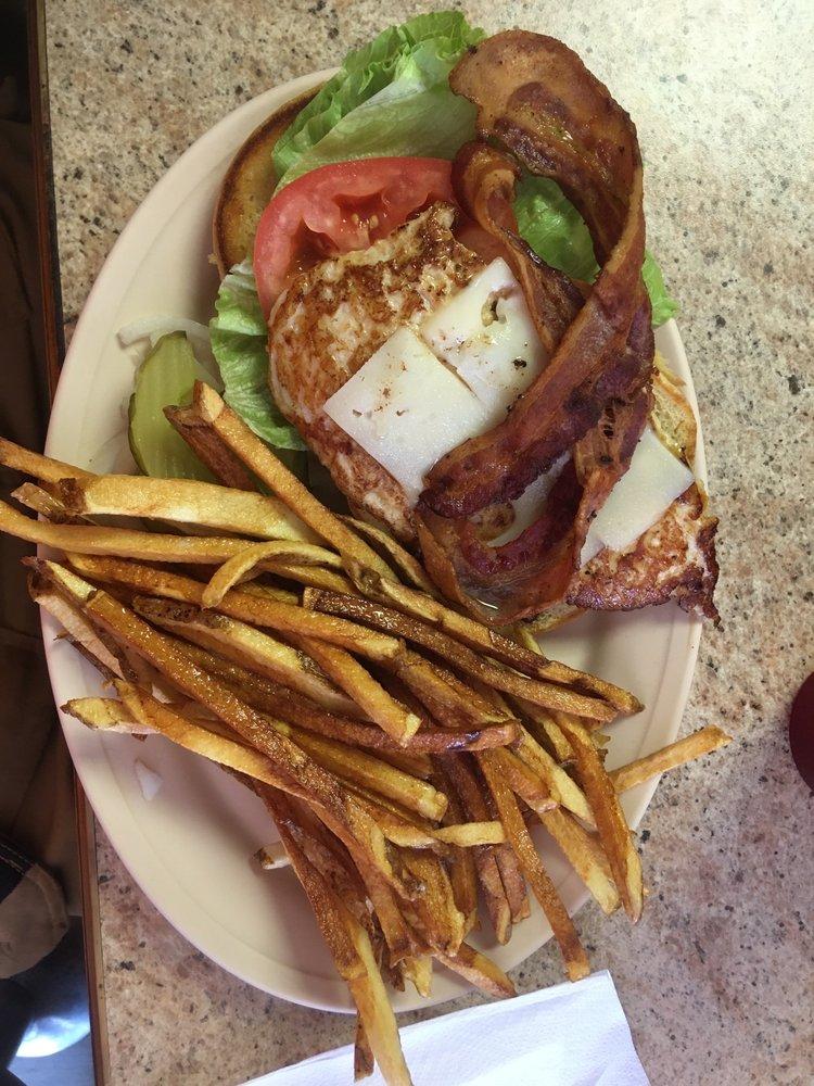 Food from Bubbas Burger Bar