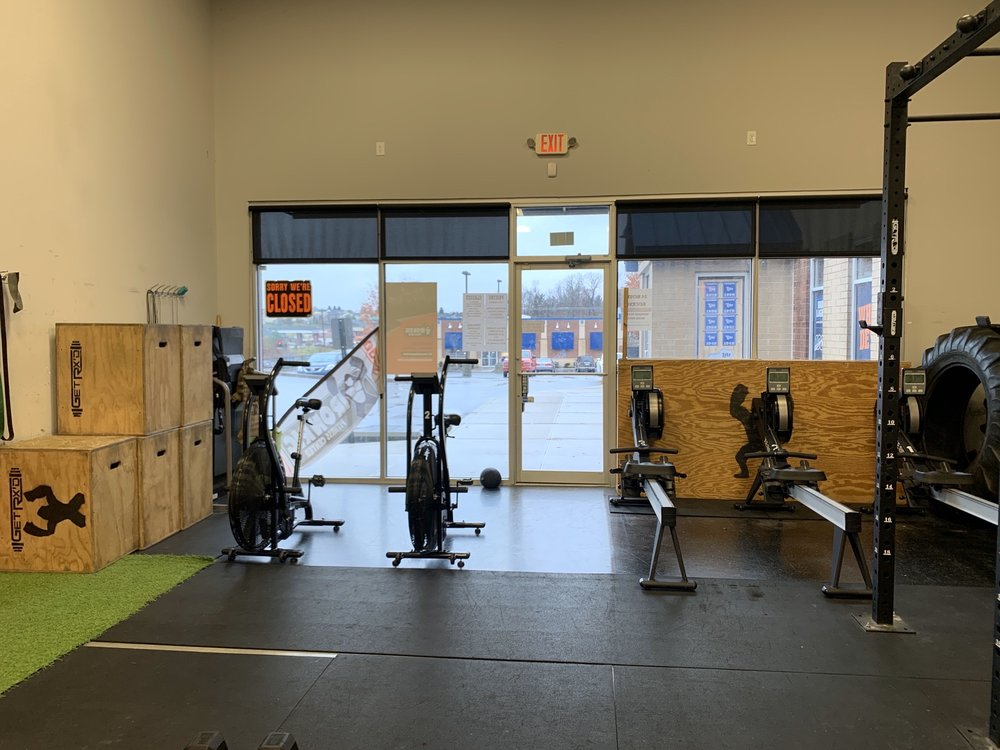 Iron Rig Fitness Center: 8544 US 42, Florence, KY