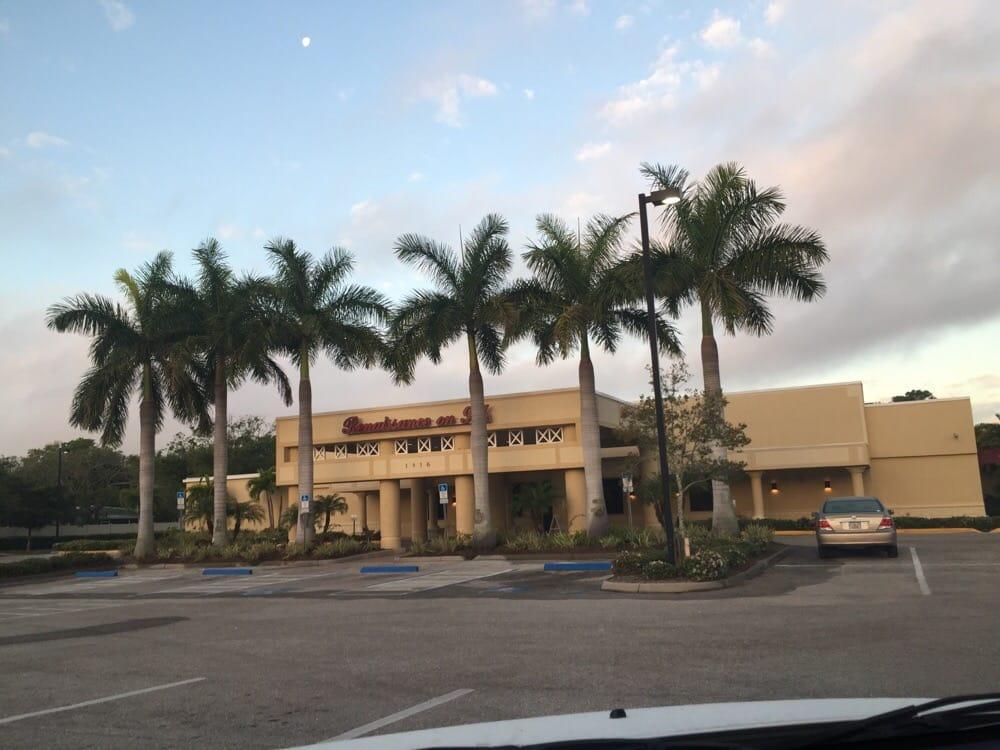 Renaissance on 9th: 1816 9th St W, Bradenton, FL
