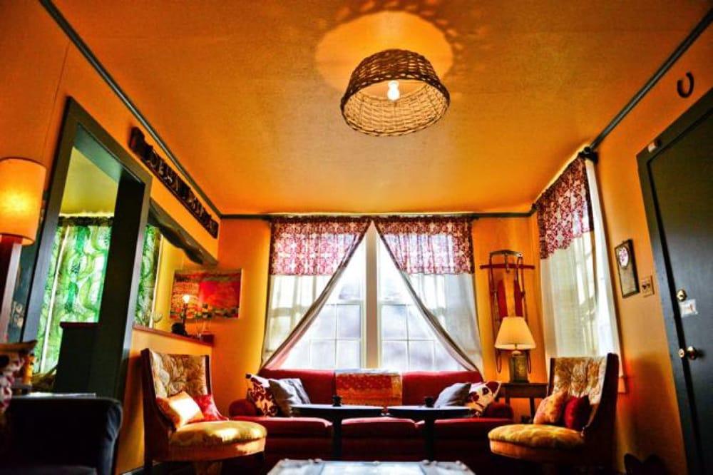 Delta Bohemian Guest House: 1114 Seminole St, Clarksdale, MS