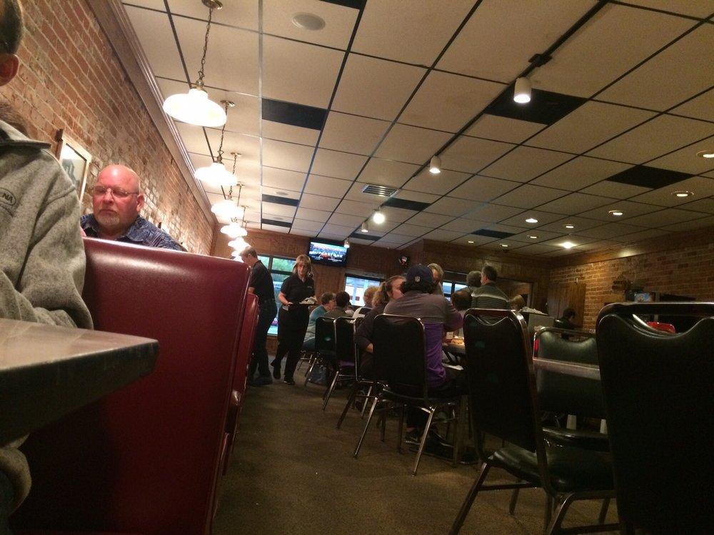 West End Restaurant: 702 W Monroe St, Decatur, IN