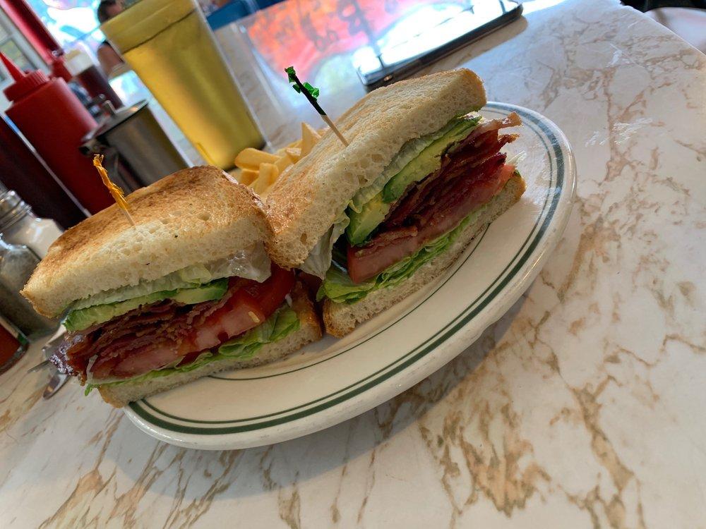 Lisa's Coffee Shop: 1530 W San Bernardino Rd, Covina, CA