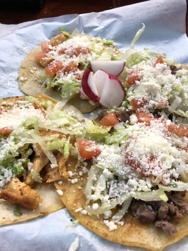 Food from Laplacita Grill