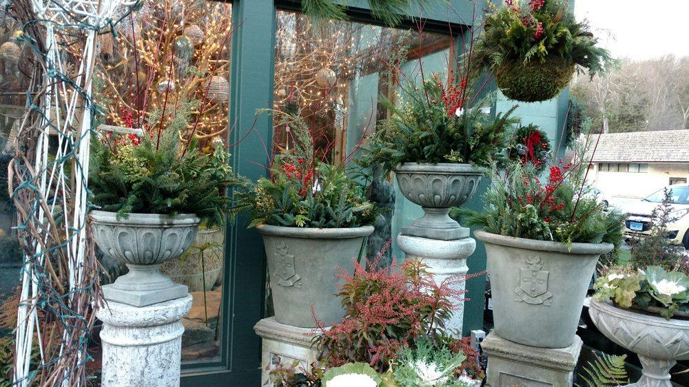 Perennial Gardens, Inc: Rte 22, Bedford, NY