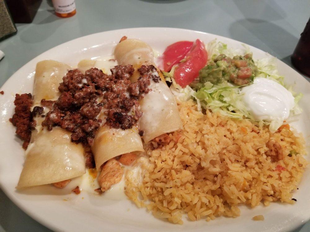 Los Amigos Mexican Restaurant: 220 N Broadway St, Ashford, AL