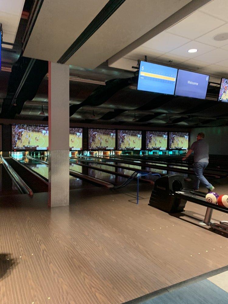 Beltline Lanes and Gaming: 2154 S Beltline Blvd, Columbia, SC