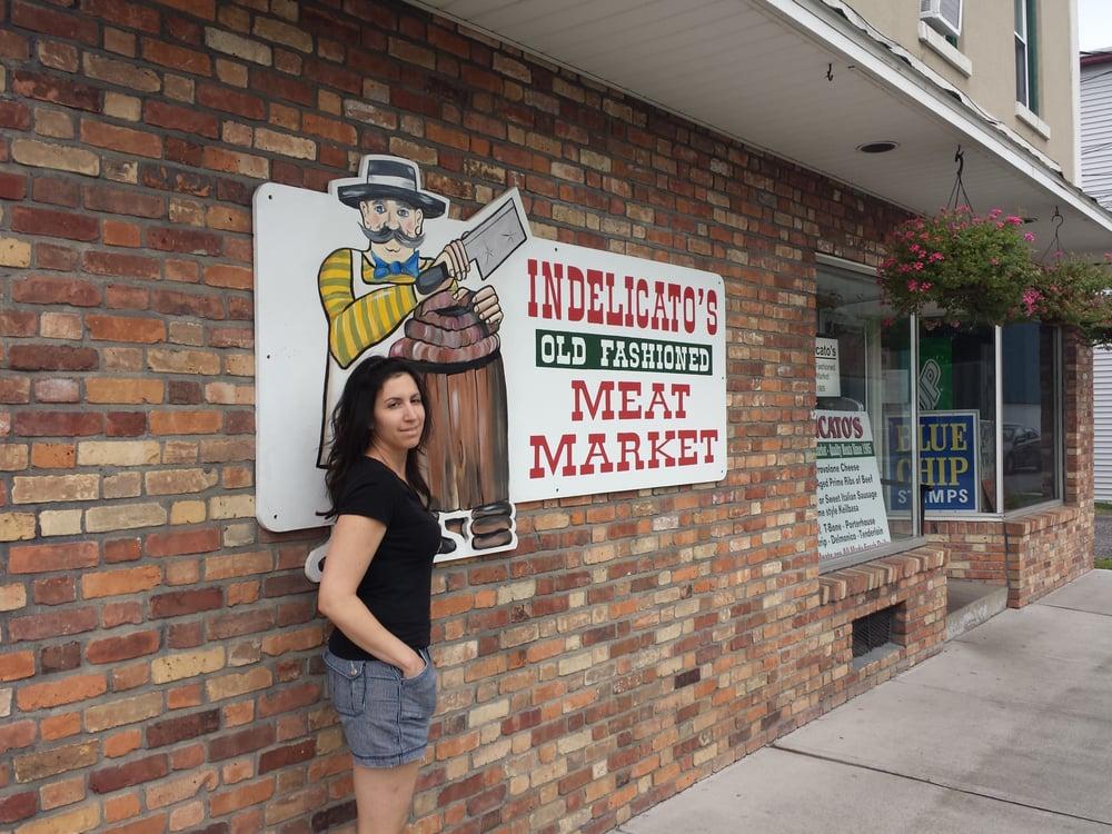 Indelicato's Market: 35 Columbus St, Auburn, NY