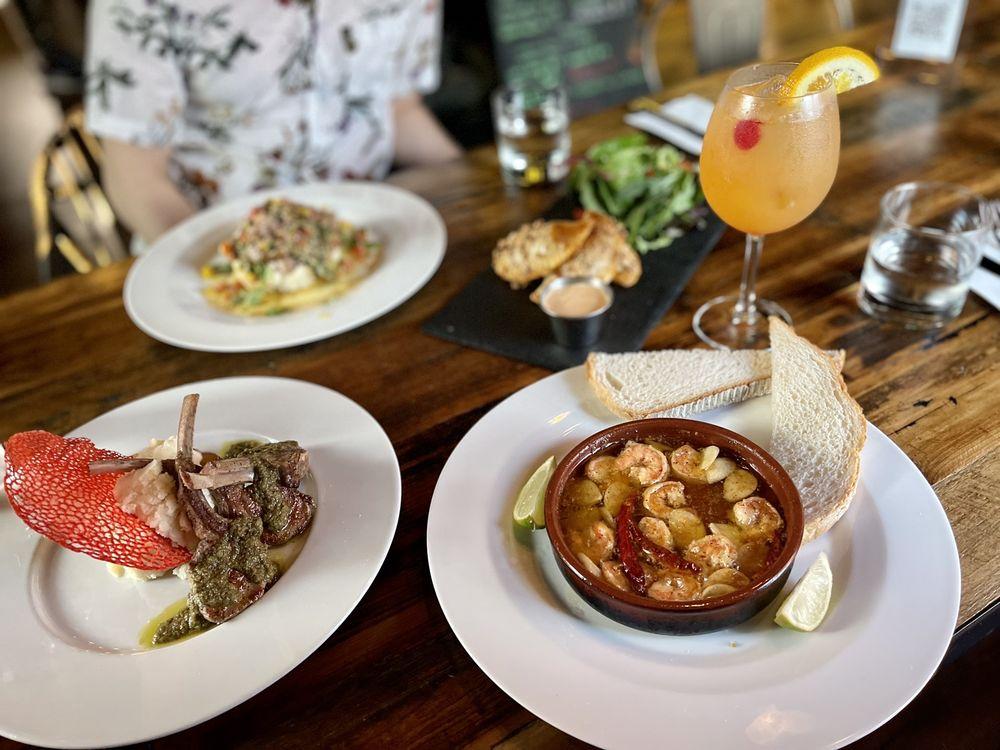 Barcelona Bistro Bar: 10415 Taylorsville Rd, Louisville, KY