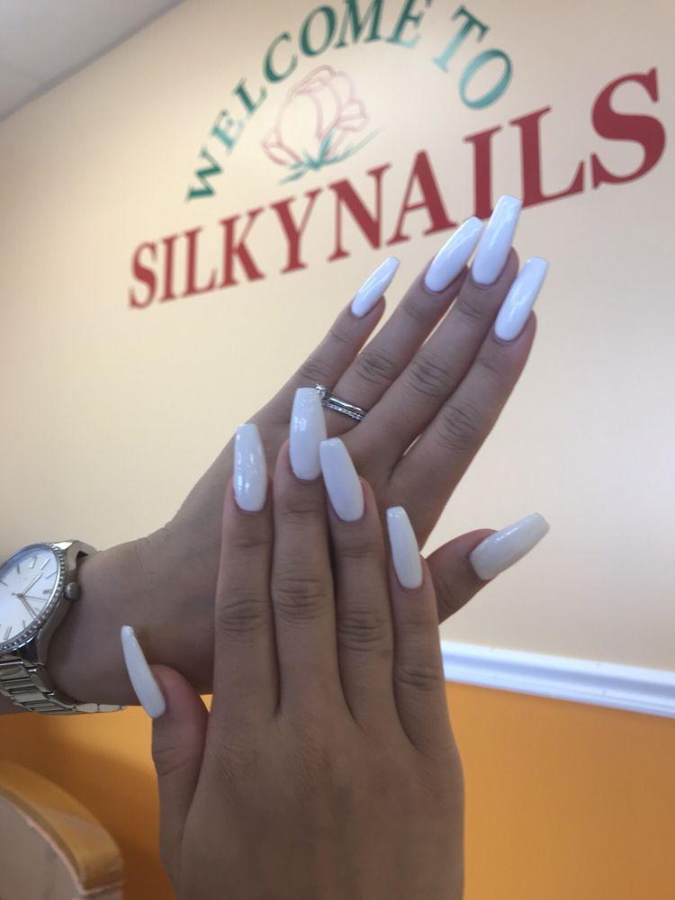 Silky Nails: 6221 Colonel Glenn Rd, Little Rock, AR