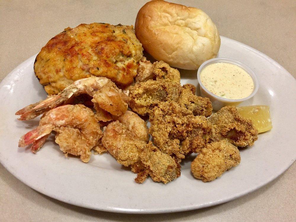 Soileau's Dinner Club: 1618 N Main St, Opelousas, LA