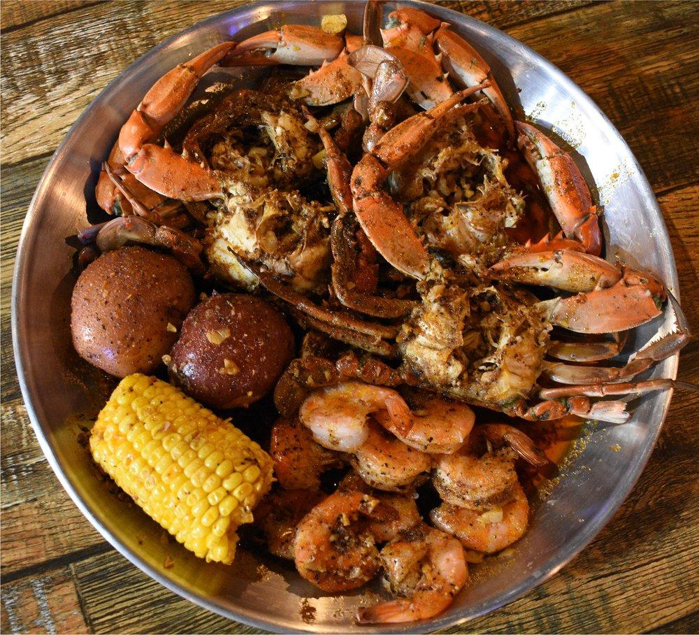 Red Crab Seafood: 4941 Dorr St, Toledo, OH
