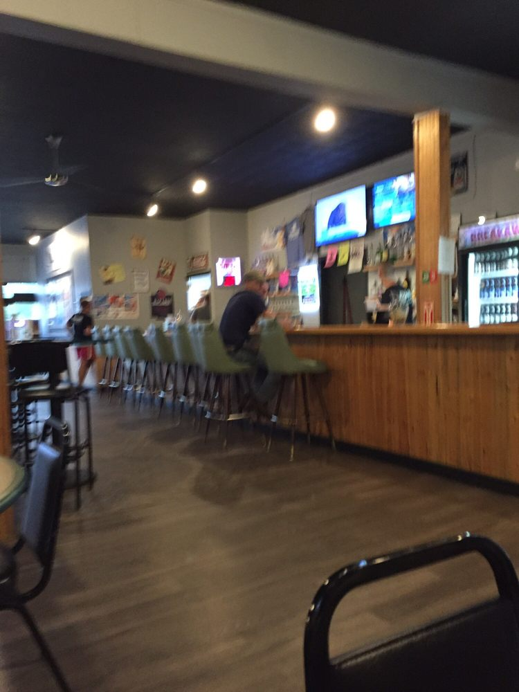 Breakaway Bar and Grill: 305 N Minden Ave, Minden, NE