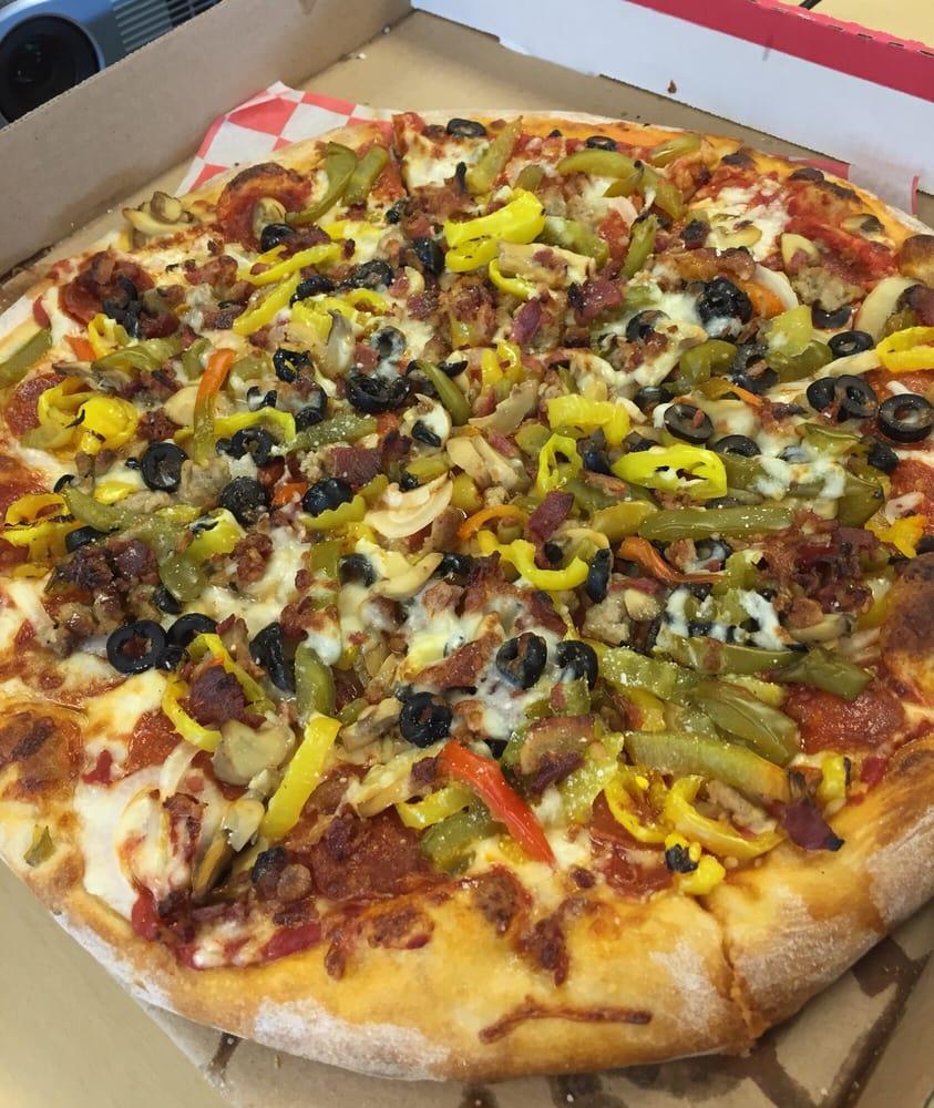Pizza Napoli & Restaurant: 147 W Washington St, Bradford, PA