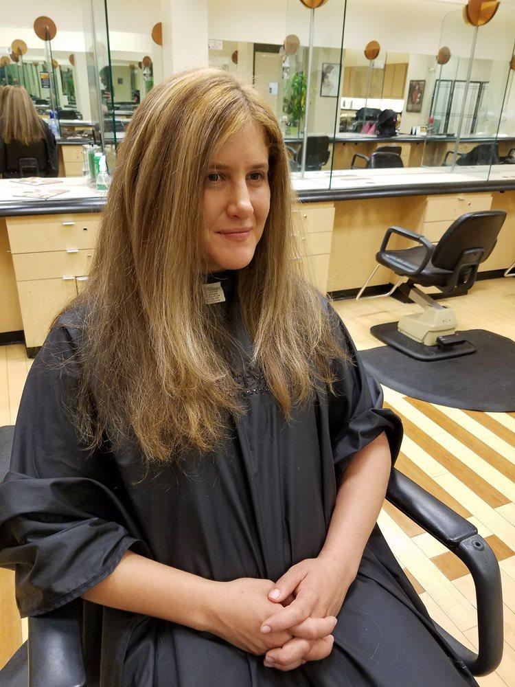 Trendz Hair Salon: 850 N Tyndall Pkwy, Callaway, FL