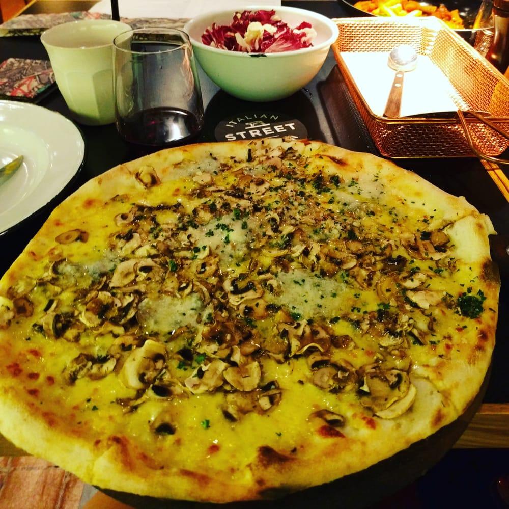 Italian street kitchen neutral bay 46 kuvaa for Italian street kitchen