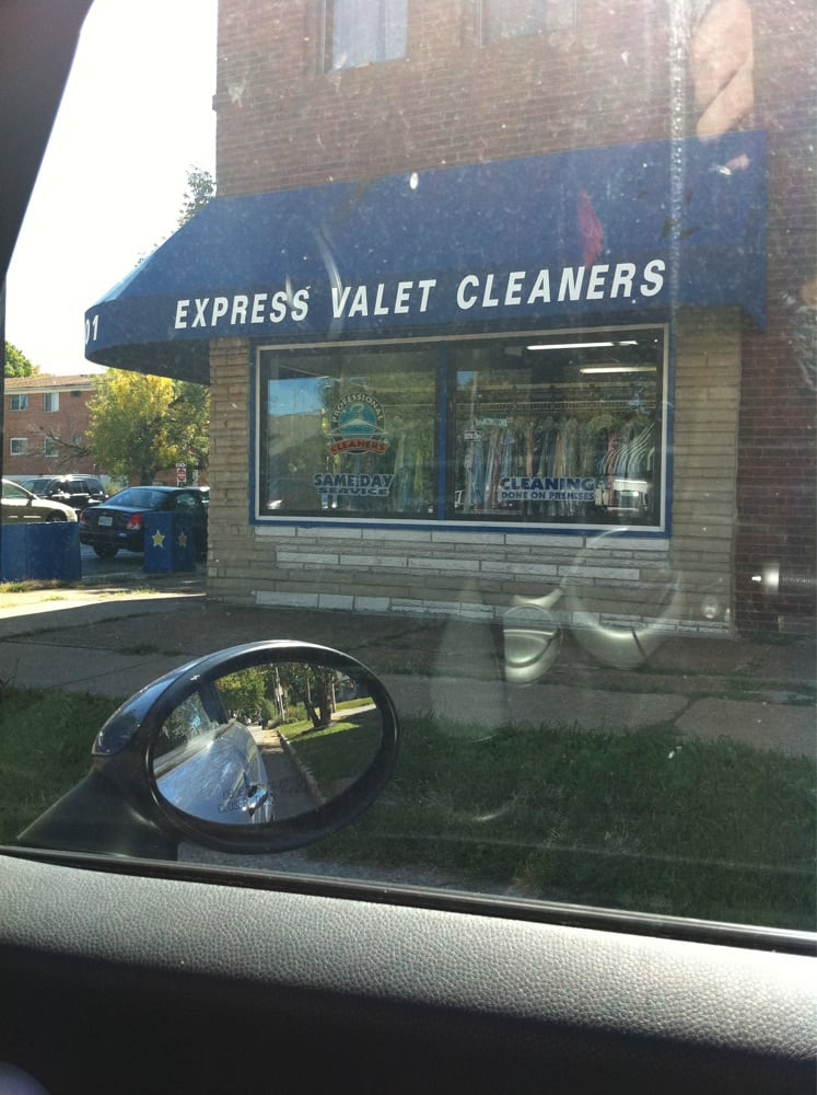 Express valet dry cleaning laundry southwest garden for Gardening express reviews