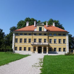 Studentenheim Schloß Frohnburg - Hostels - Hellbrunner Allee 53