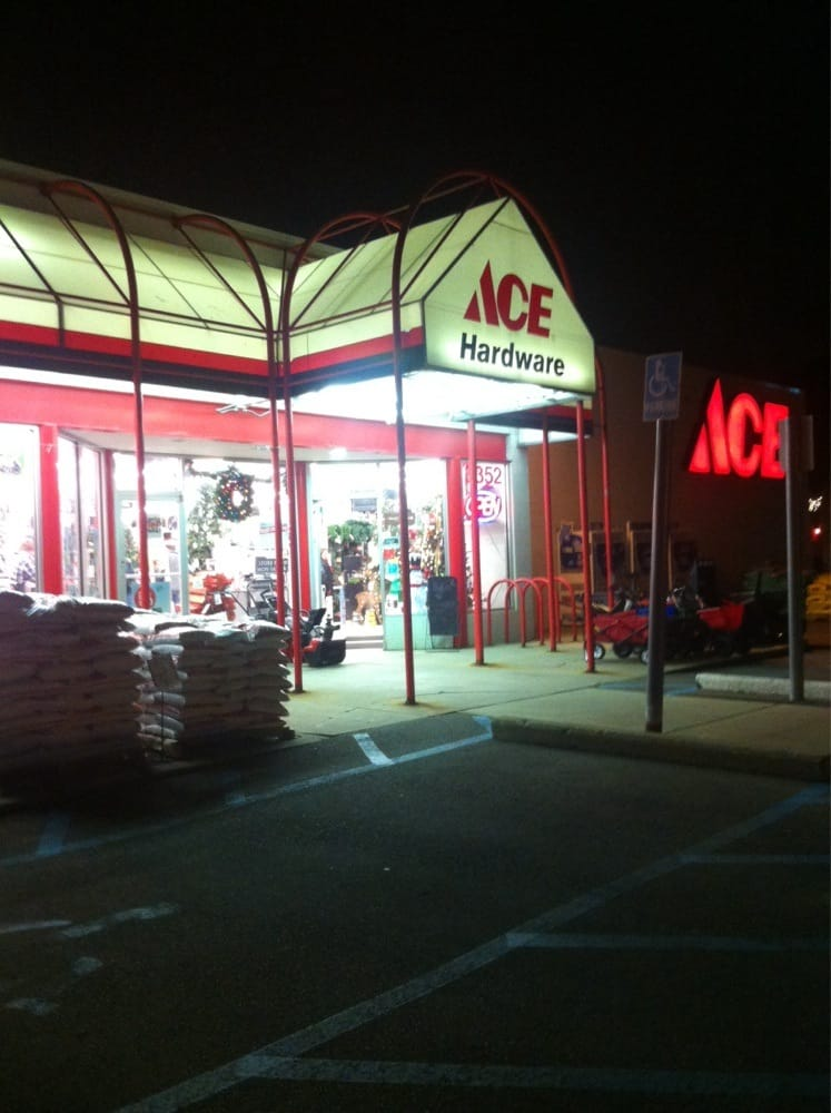 Ace barnes hardware inc 12 recensioni ferramenta for Affitti della cabina di ann arbor michigan