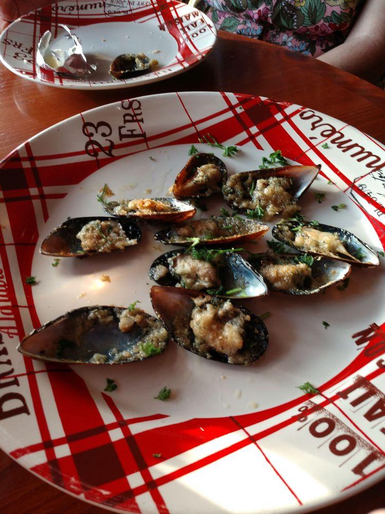 French Table: 103 Gulf Dr N, Bradenton Beach, FL