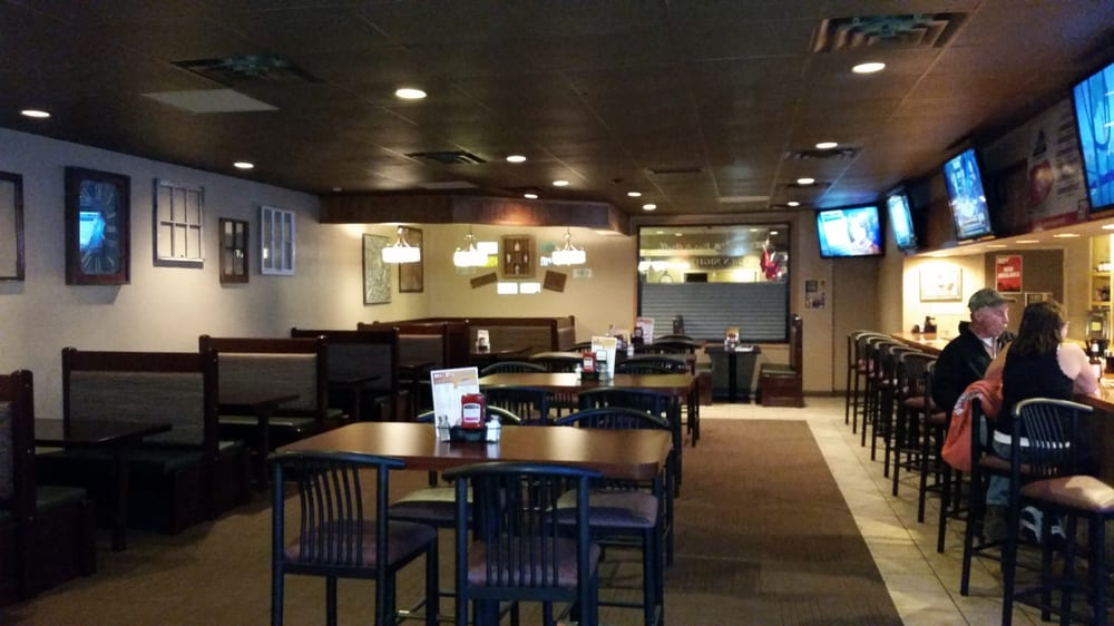 Mr P's Bar and Grill: 1015 E McCoy Blvd, Tomah, WI