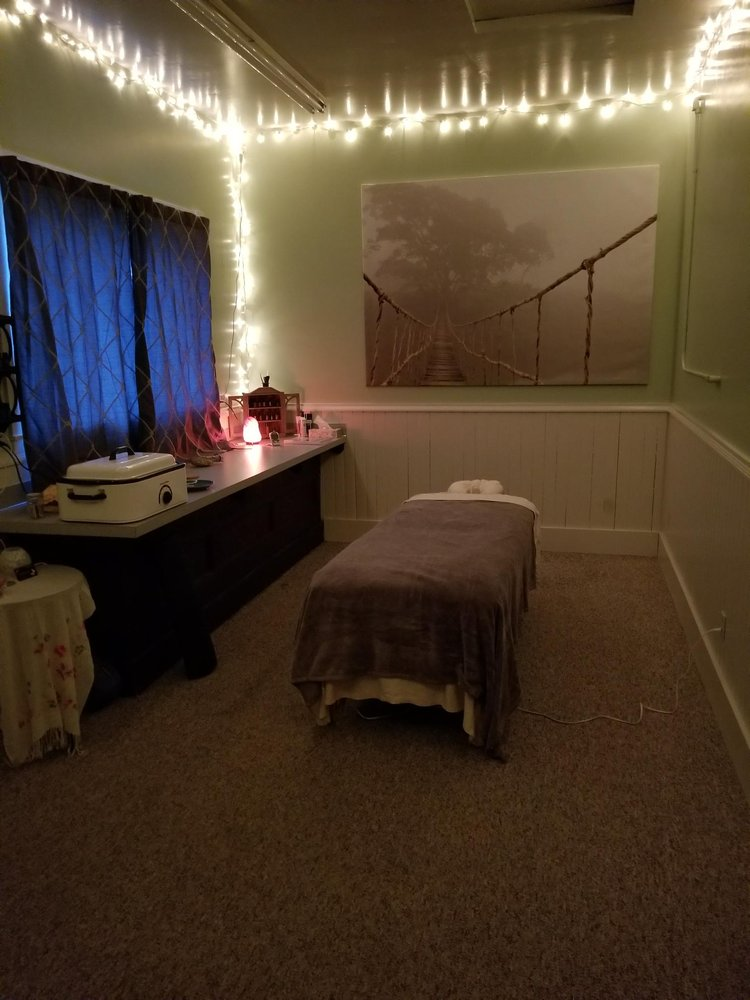 Monarch Healing Therapies: 556 Greenwood St, Junction City, OR