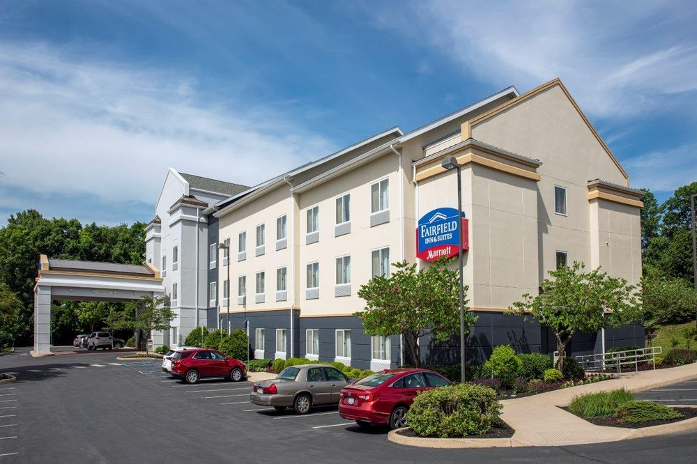 Fairfield Inn & Suites by Marriott State College: 2215 N Atherton St, State College, PA