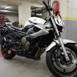 3b17b272452 3. Motoshop Bailén · Motorcycle Repair
