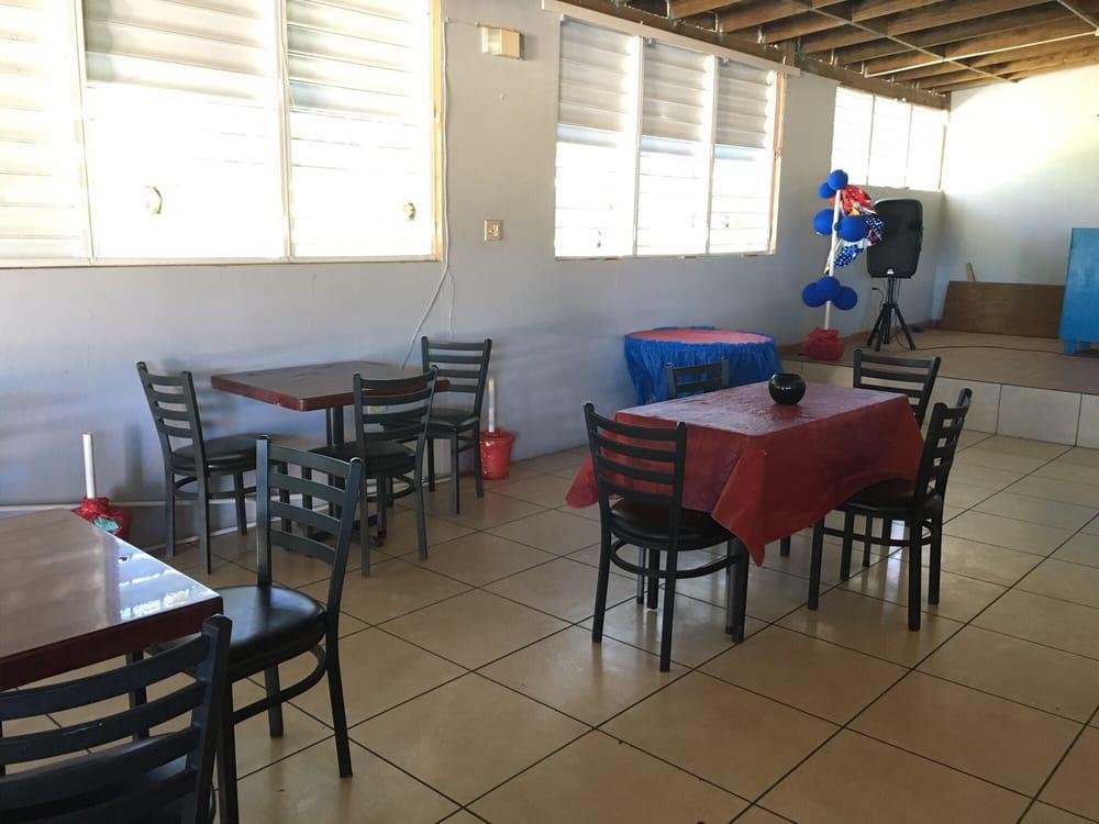 Allstar Sportbar: Carretera 201 S/n, Vieques, PR
