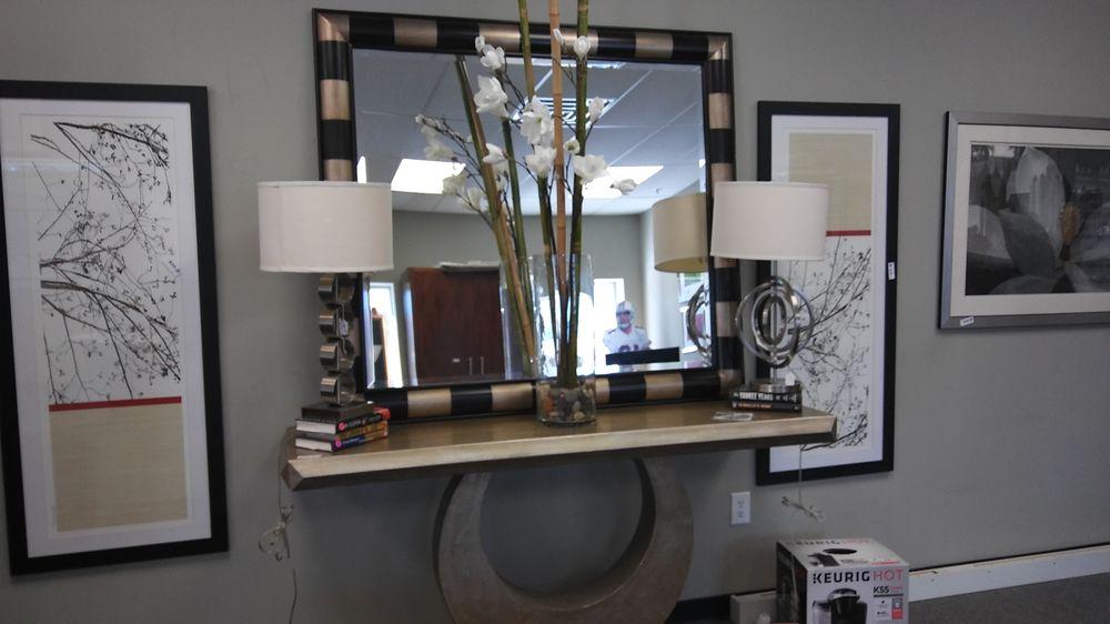 Furniture Liquidators of Georgia: 281 Veterans Memorial Hwy SE, Mableton, GA