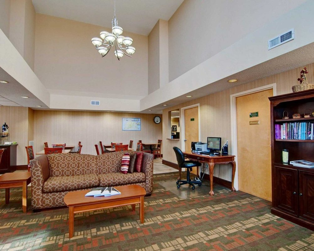 Quality Inn: 151 Wildwood Rd, Salem, VA