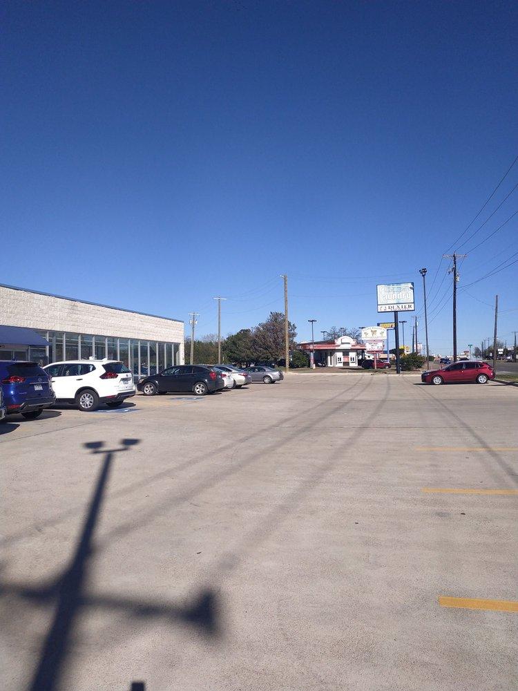 Wells Laundry - Copperas Cove: 205 E Hwy 190, Copperas Cove, TX