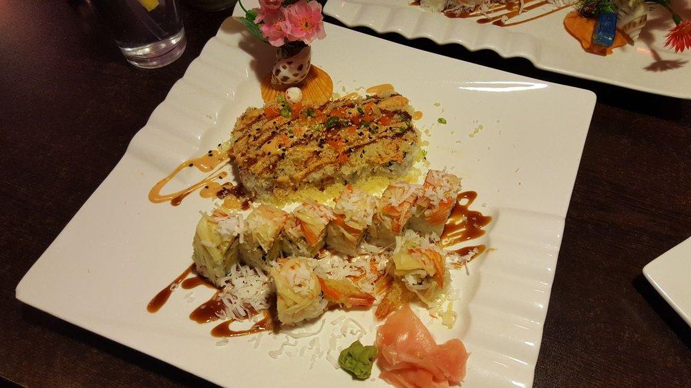Sakura Sushi: 1960 Grand Ave, West Des Moines, IA