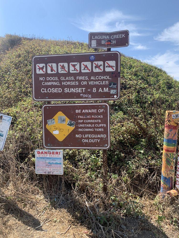 Laguna Creek Beach: Laguna Rd Hwy 1, Davenport, CA