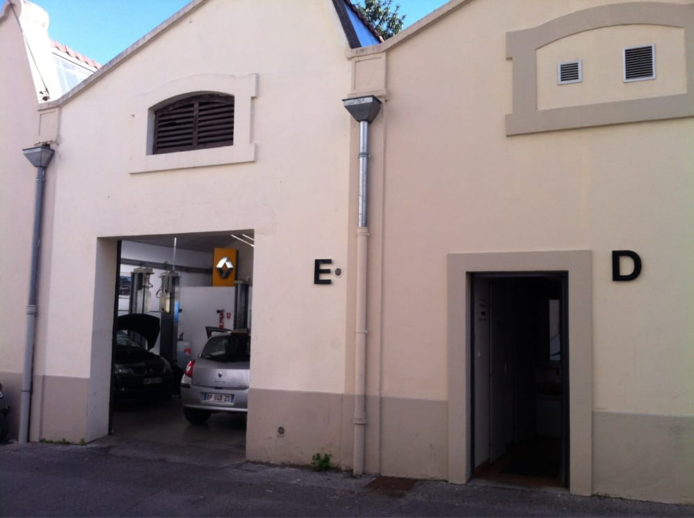 Renault garage parra bilreparation 31 rue de cuire for Garage avatacar lyon 8