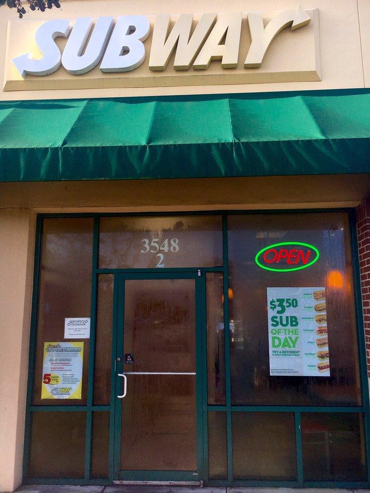 Subway: 3548 Avalon Park East Blvd, Orlando, FL