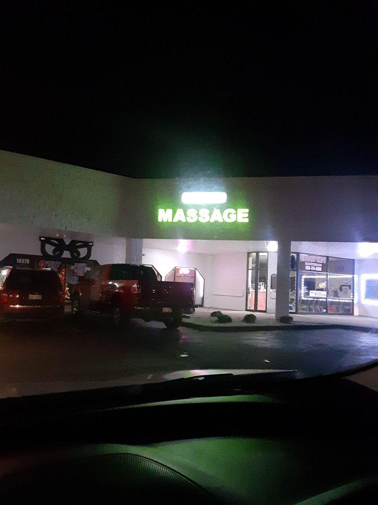 Bella Touch Massage: 16583 E 10 Mile Rd, Eastpointe, MI