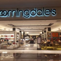 Bloomingdale S Department Stores 630 Old Country Rd Garden City Ny Phone Number Yelp