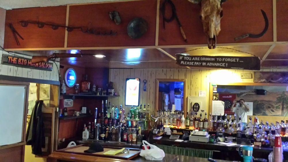 Big Horn Saloon: 1720 W Williams Ave, Fallon, NV