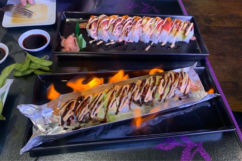 Mitsu Neko Fusion Cuisine and Sushi: 1819 W Hwy 76, Branson, MO