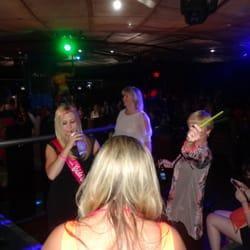 Haks strip club also