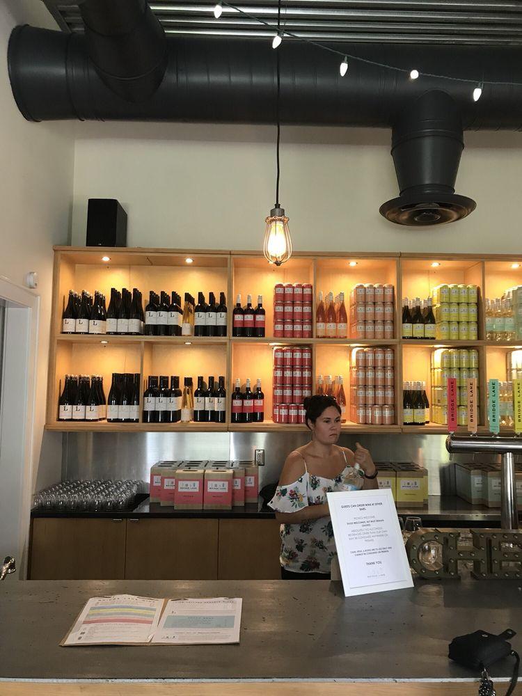 Bridge Lane Tasting Room: 35 Cox Neck Rd, Mattituck, NY